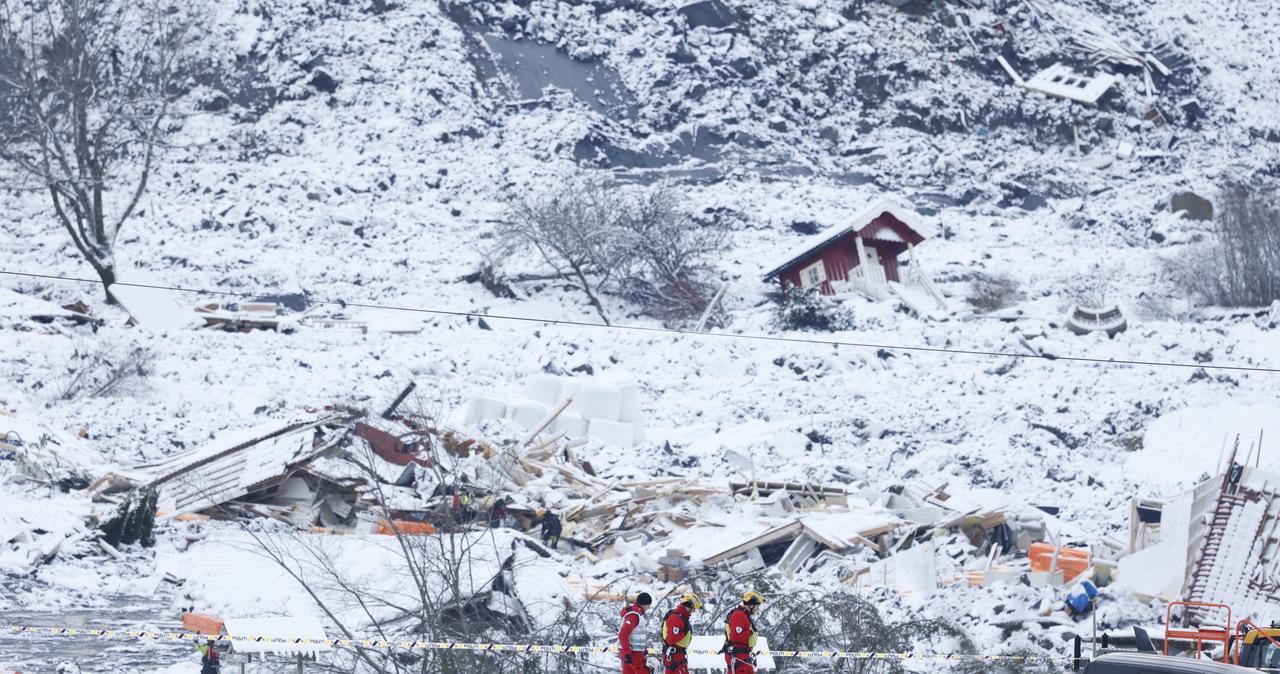 Sześć ofiar, cztery osoby poszukiwane. Akcja ratownicza po osunięciu ziemi w Norwegii