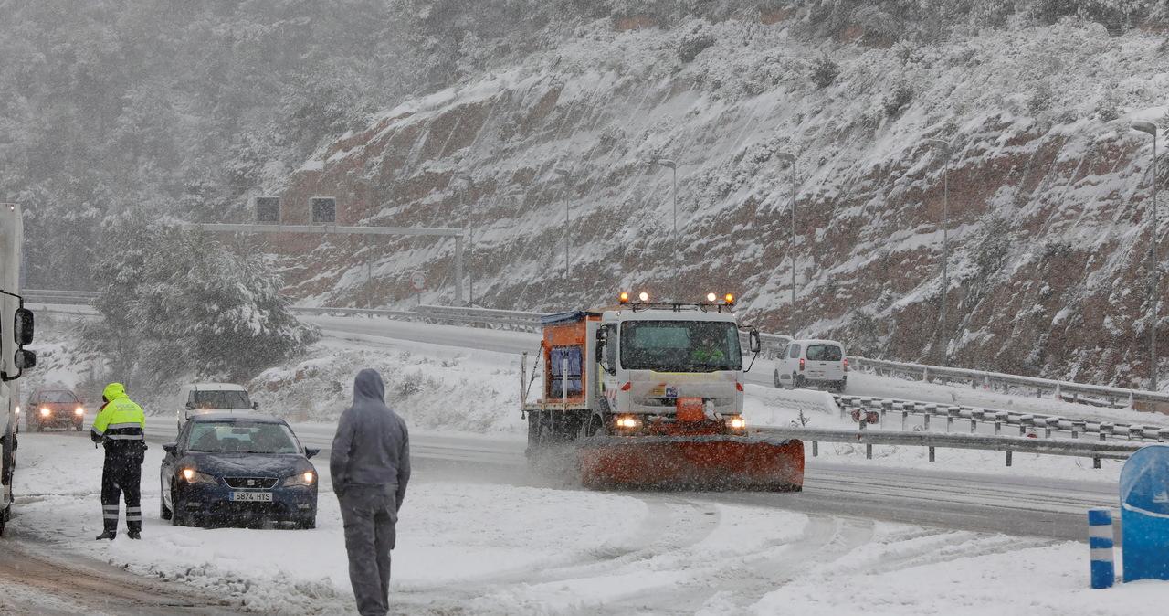 Są pierwsze ofiary największej od pół wieku śnieżycy w Hiszpanii