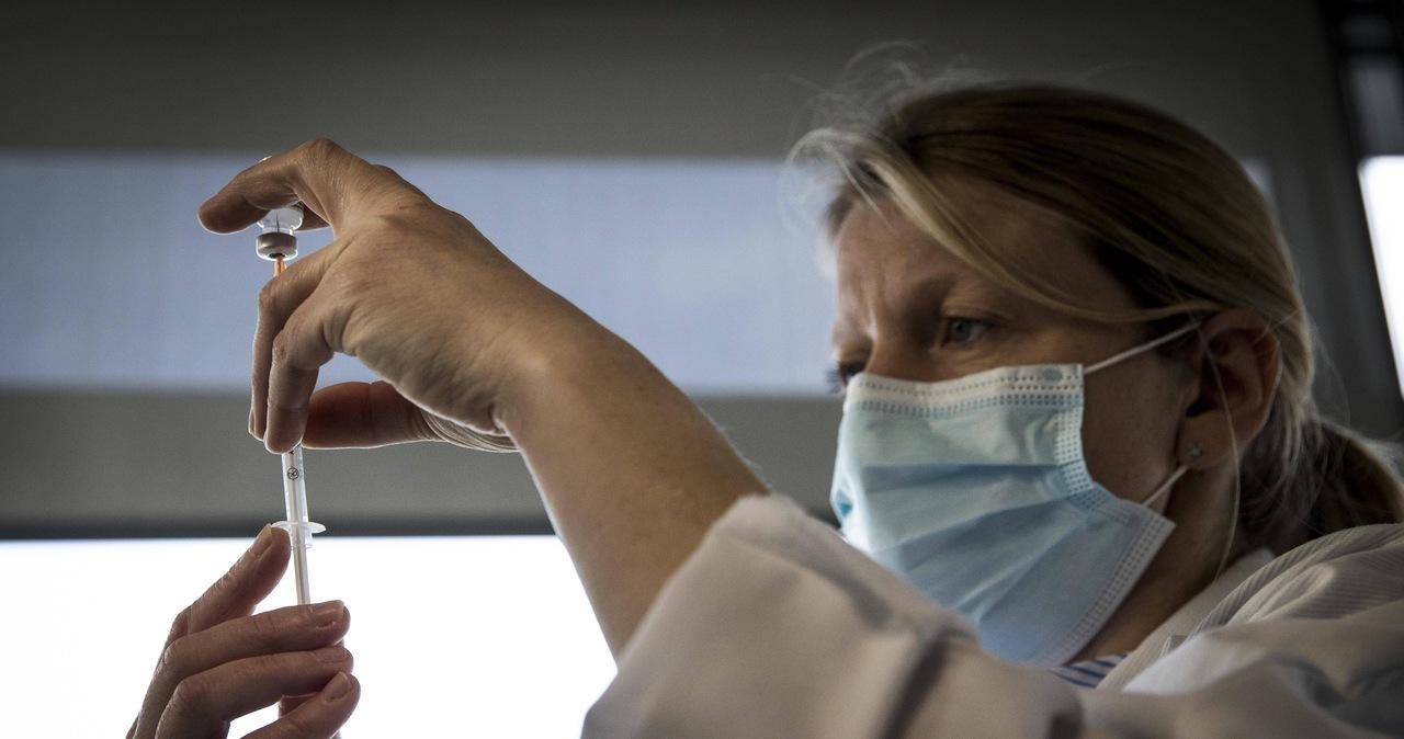 Olimpijczycy, skoczkowie, piłkarze? Kto będzie promował szczepienia w Polsce