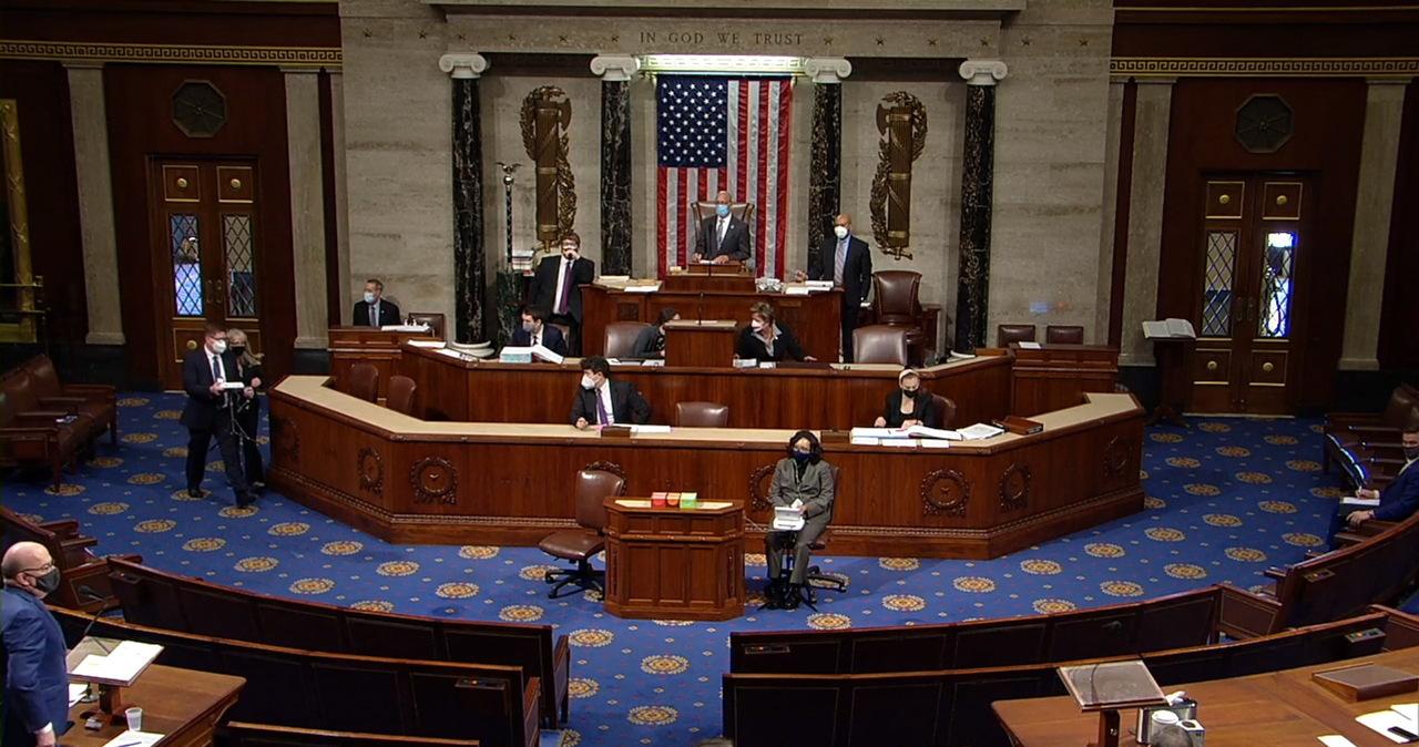 """Debata nad impeachmentem Trumpa: """"Jest odpowiedzialny za atak na Kongres"""""""