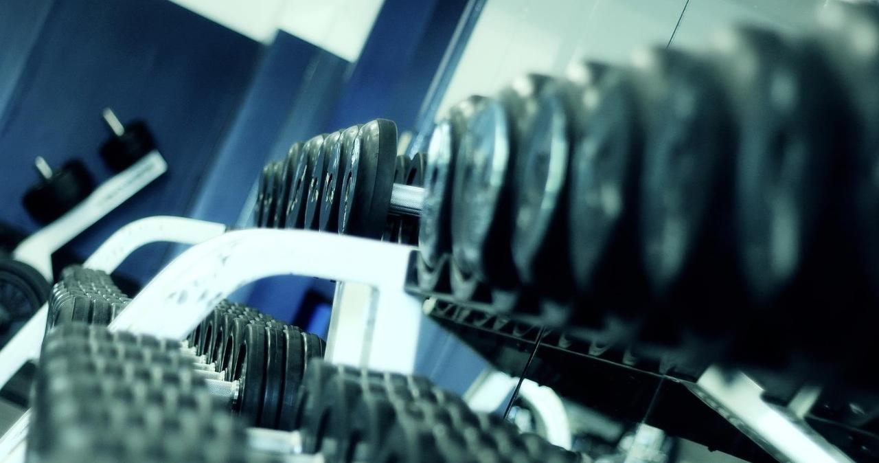 Prezes federacji fitnessu: Otwórzmy siłownie na dwa próbne tygodnie