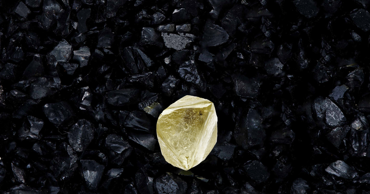 """""""Cud przyrody"""". Stukaratowy żółty diament znaleziony w Jakucji"""
