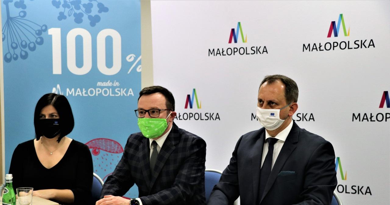 """""""Vademecum na czas pandemii"""" dla przedsiębiorców z Małopolski"""