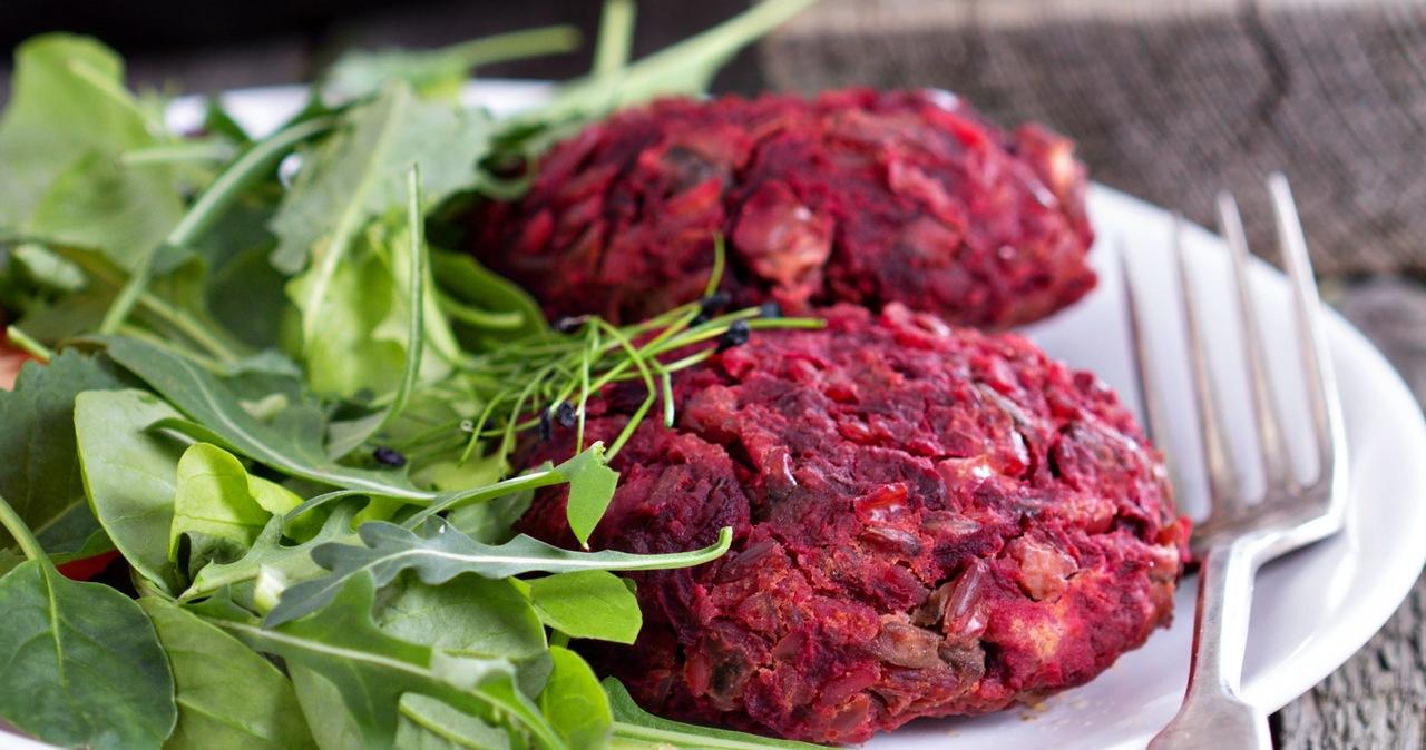 Sprzedaż roślinnych imitacji mięsa w Polsce podwoiła się w rok
