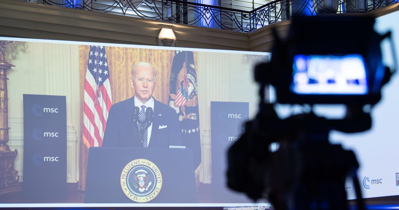 Biden: Chiny i Rosja atakują demokrację i jedność Zachodu