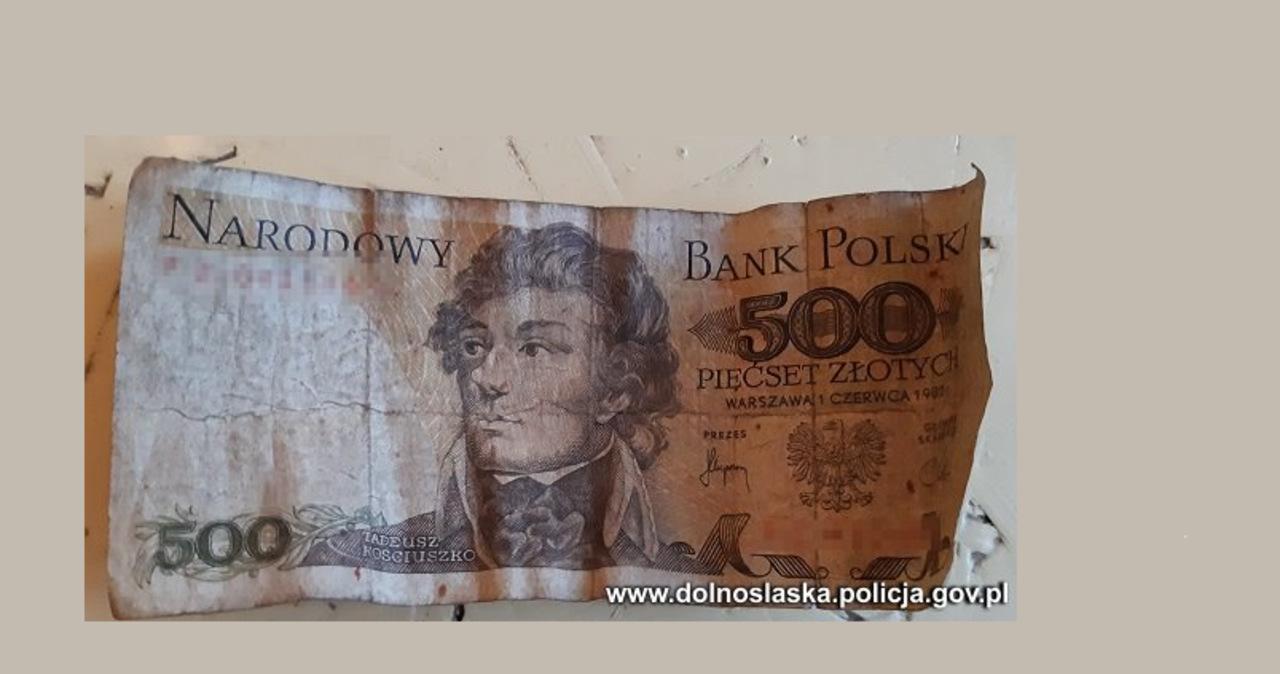Chciał zapłacić wycofanym 25 lat temu banknotem, był poszukiwany