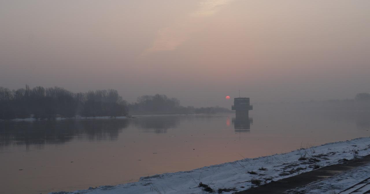 Pogodowy alert: Uwaga na roztopy i wezbrania w rzekach