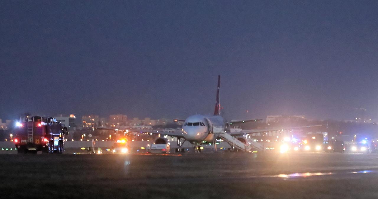 Ewakuowano pasażerów z Lotniska Chopina. Powód: informacja o możliwej bombie