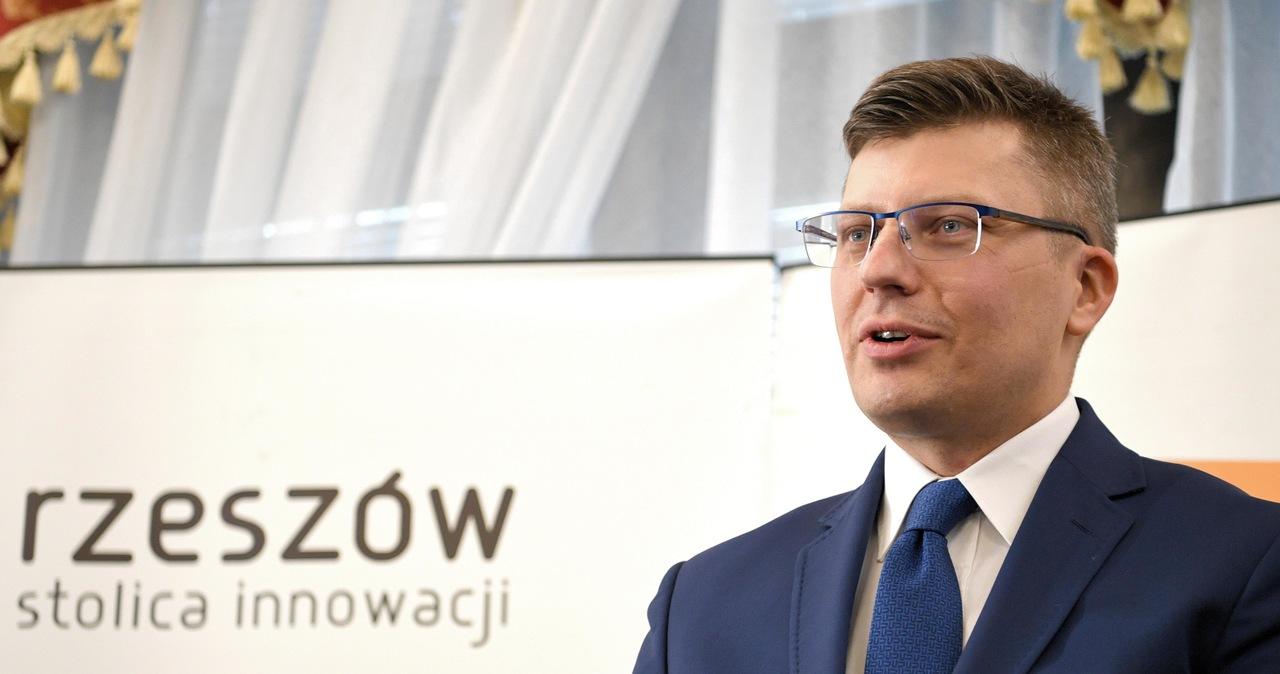 Policja chce ukarania wiceministra Marcina Warchoła za brak maseczki