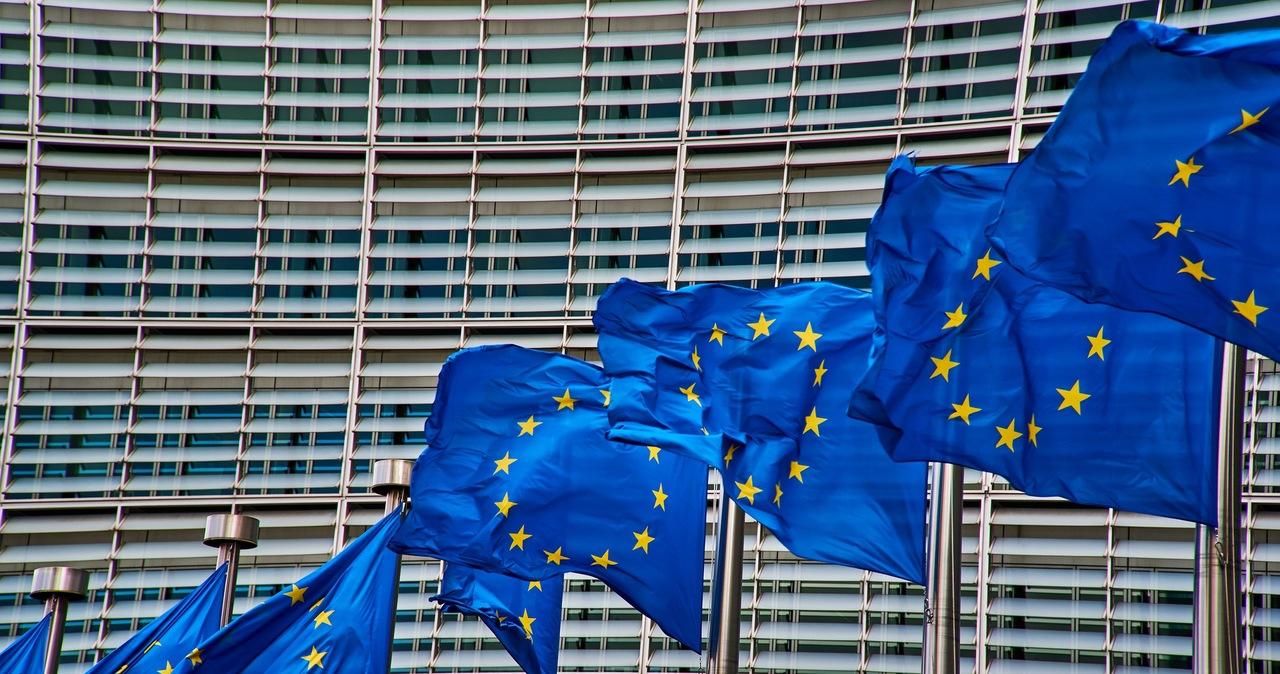 Krajowe Plany Odbudowy muszą być przedstawione Brukseli do jutra. Polska może nie zdążyć