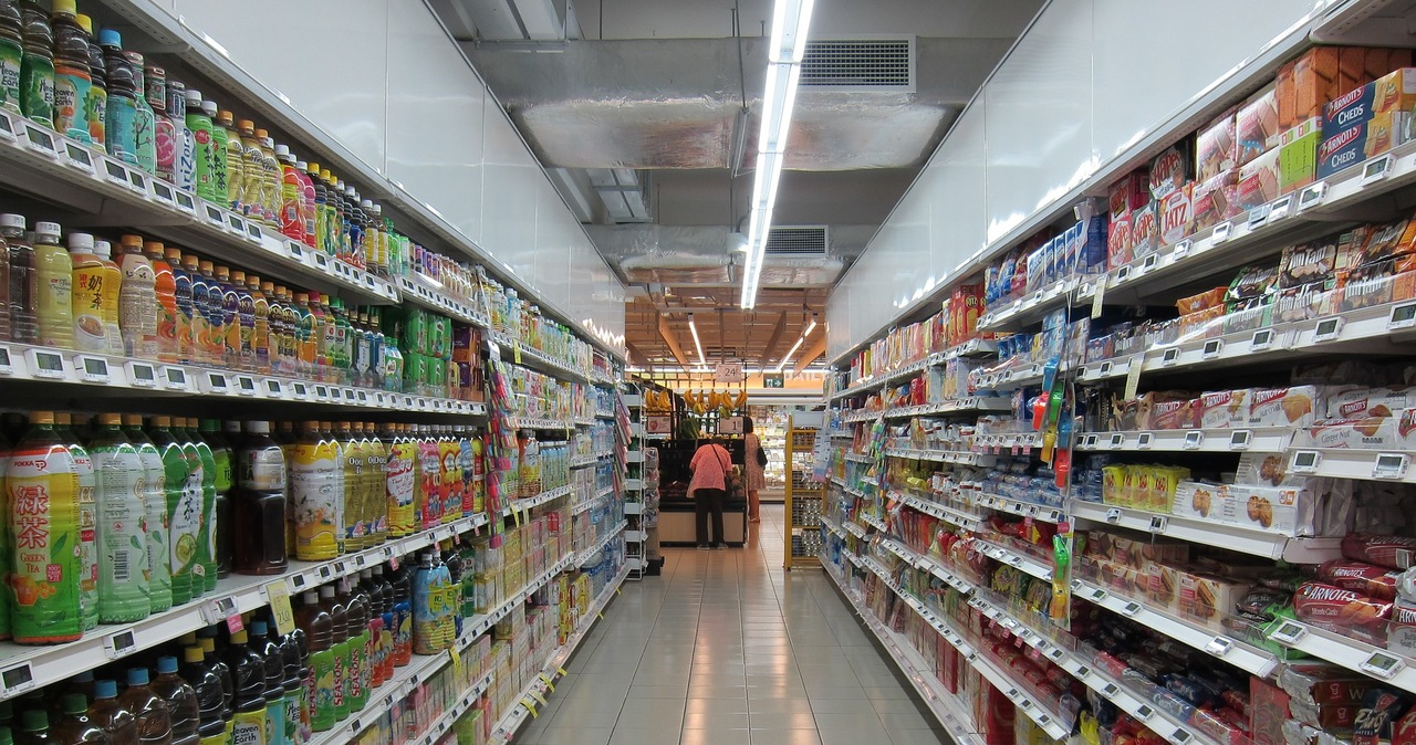 Wielka Brytania: Atak nożownika w polskim sklepie. 17-latek nie żyje