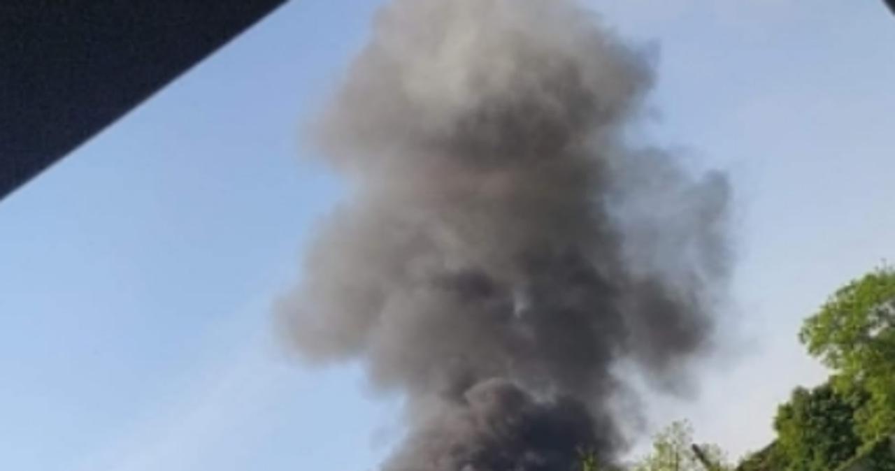 Wielkopolska: Dogaszanie pożaru wysypiska potrwa do niedzieli