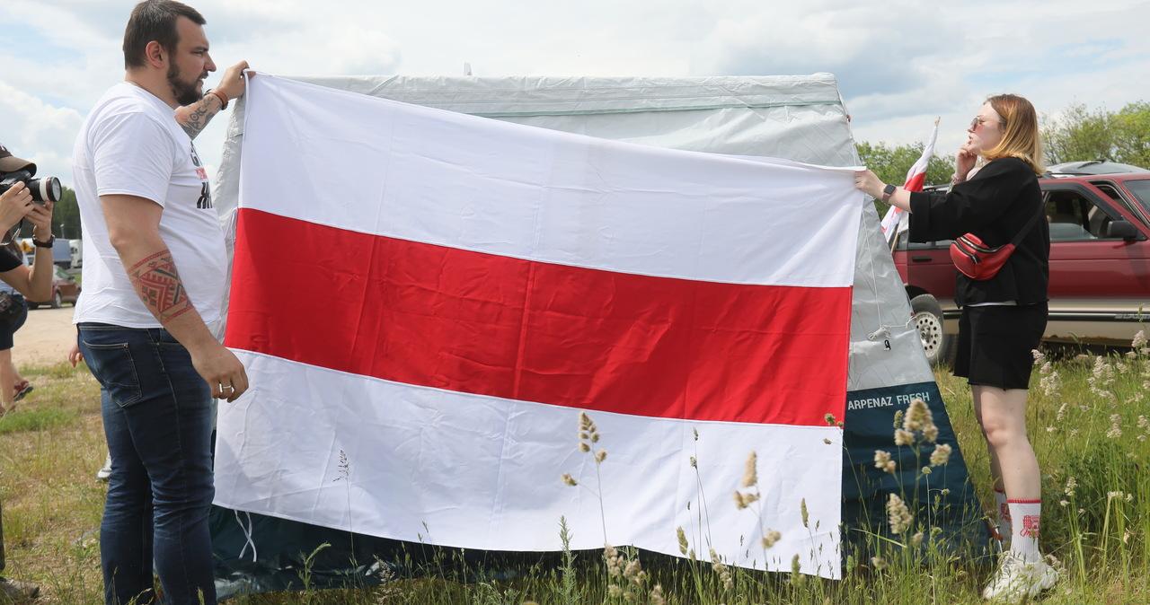 """Protest Białorusinów w Bobrownikach. """"Chcemy, by Łukaszenka otworzył granice"""""""