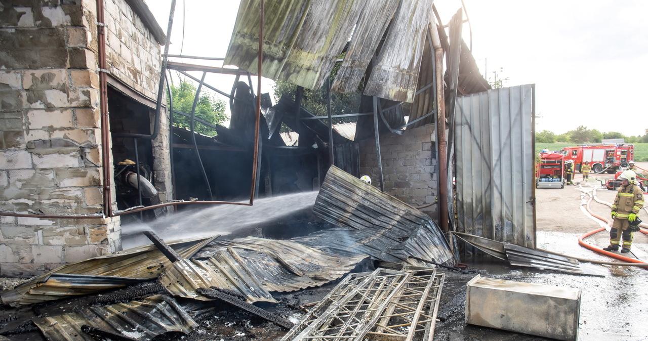 Pożar w fabryce styropianu w Świeciu