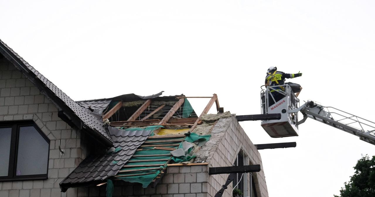 Grad, ulewy i porywisty wiatr. Strażacy walczą ze skutkami burz