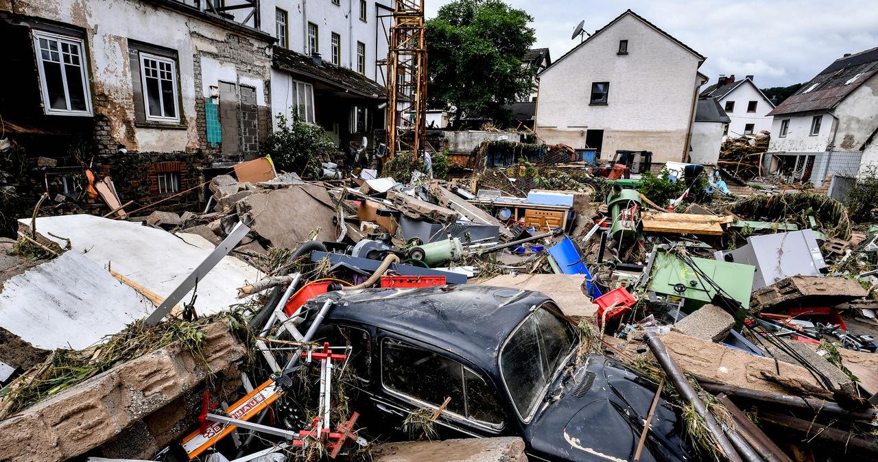 Niemcy: Największa powódź od 300 lat, nie żyją 42 osoby