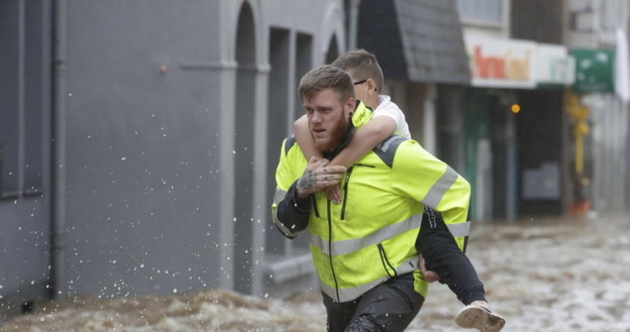 Powódź w Belgii: Ponad 60 polskich dzieci czeka na ewakuację