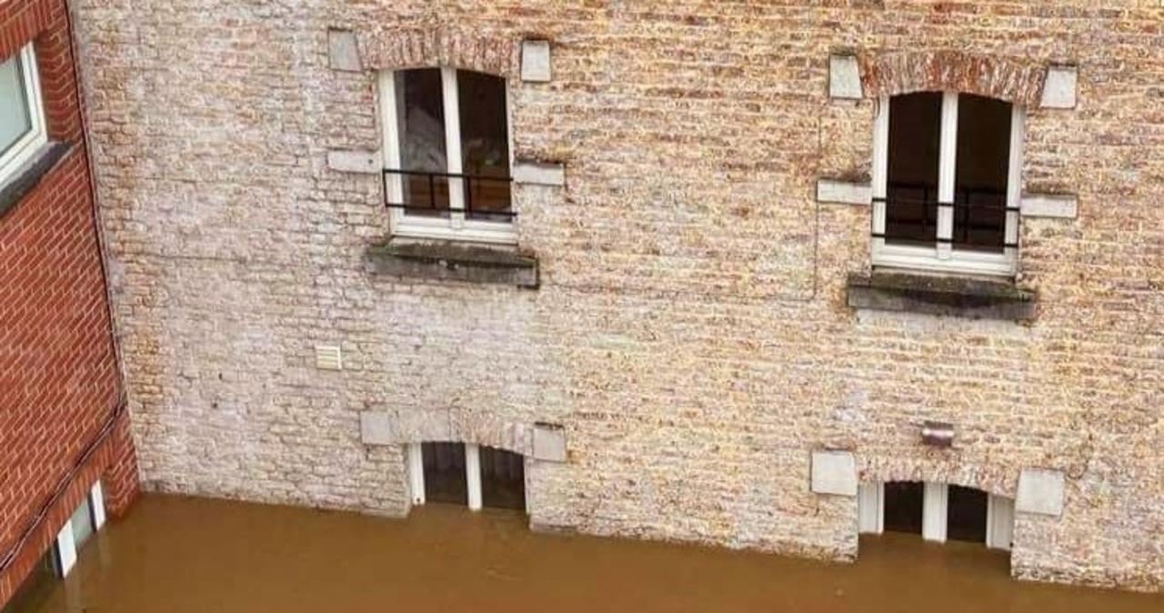 """Dzisiaj ewakuacja polskich dzieci z zalanego ośrodka w Belgii. """"Nie ma zagrożenia"""""""
