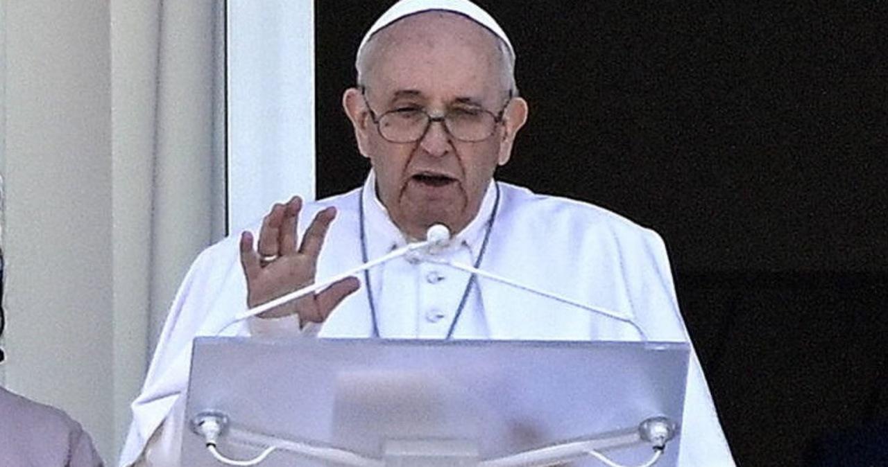 Papież o ofiarach powodzi: Niech Bóg przyjmie zmarłych i pocieszy ich rodziny