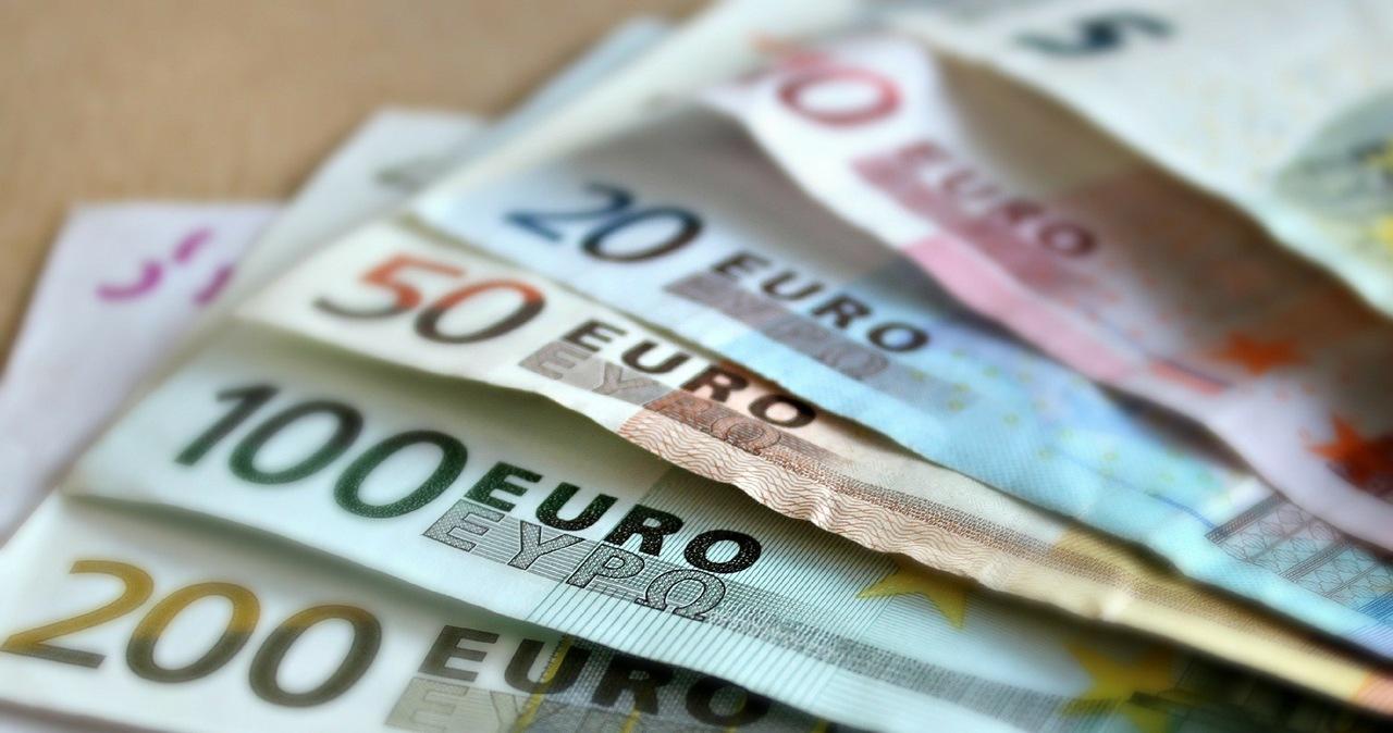 Fałszywe zaświadczenie o szczepieniu przeciwko Covid-19 już za 200 euro