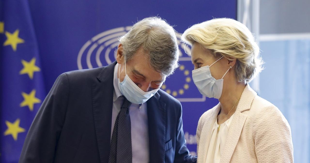 Parlament Europejski murem za KE ws. wstrzymywanych miliardów euro dla Polski