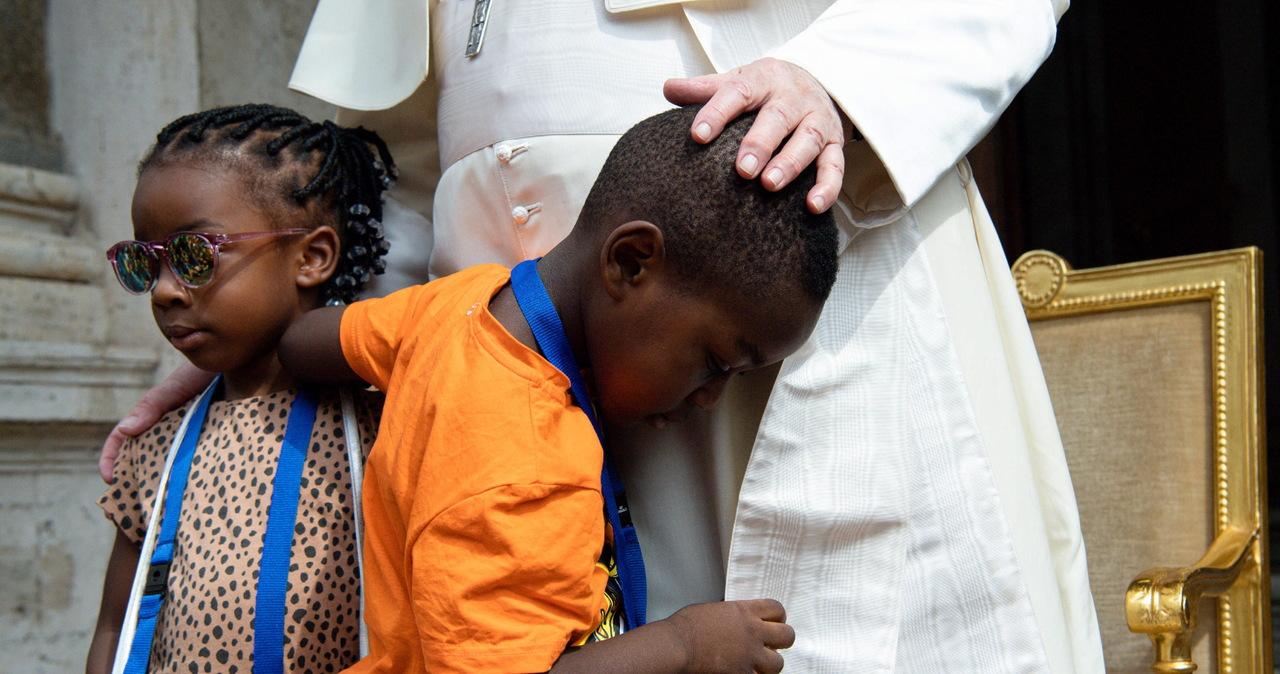 Papież przyjął dzieci w Watykanie: Możecie się tu bawić, ile chcecie