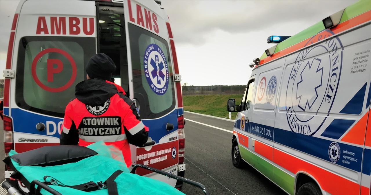 Wypadek na DK 8. Jedna osoba zginęła, jedna osoba została ranna