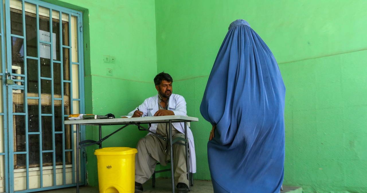 Szef unijnej dyplomacji: UE nie ma wyjścia, musi rozmawiać z talibami