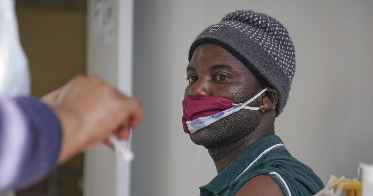 Mniej niż 3,5 proc. mieszkańców Afryki jest zaszczepionych przeciwko Covid-19