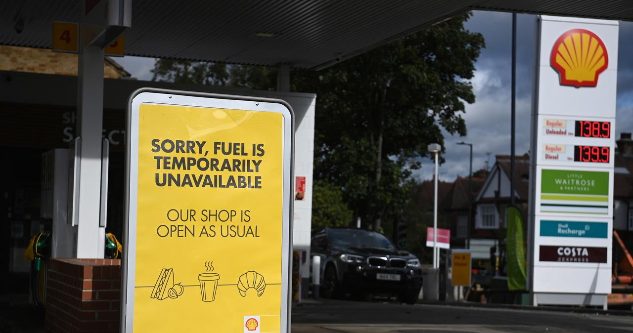 Kryzys paliwowy w Wielkiej Brytanii. Rząd wezwał wojsko do gotowości