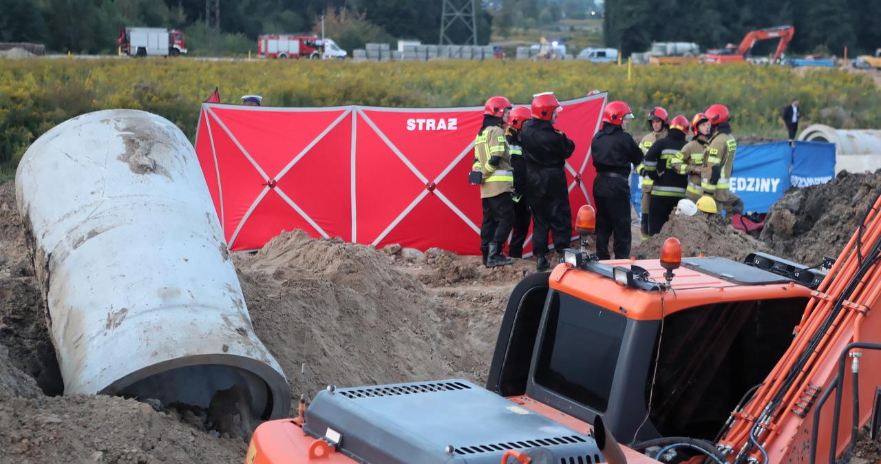 Łódź: Robotnicy zasypani ziemią. Oględziny na miejscu tragicznego wypadku