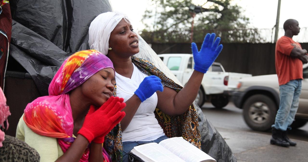 Seksafera w Afryce - podejrzani pracownicy WHO  walczący z epidemią Eboli