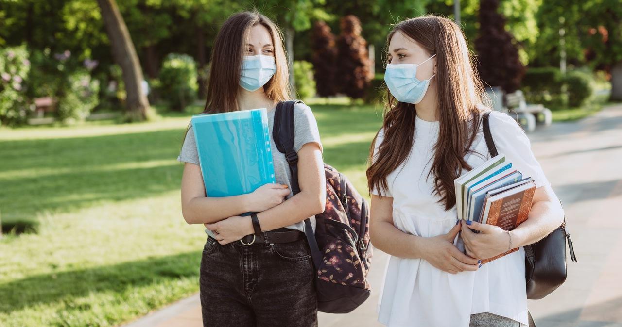Nieoficjalnie: Ponad 1200 nowych zakażeń koronawirusem w Polsce
