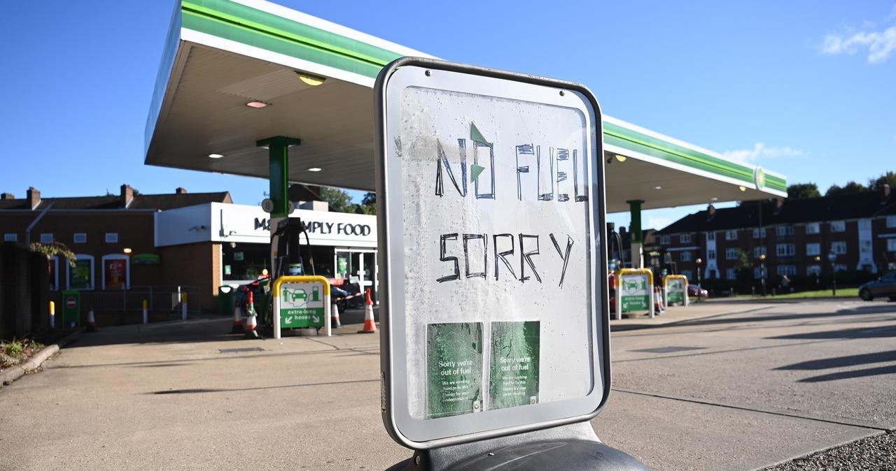 Wielka Brytania: Żołnierze zaczną rozwozić paliwo na stacje