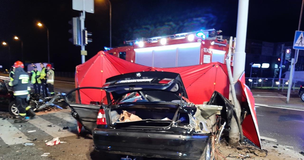 Tragiczny wypadek w Rzgowie. Zginęły trzy młode osoby