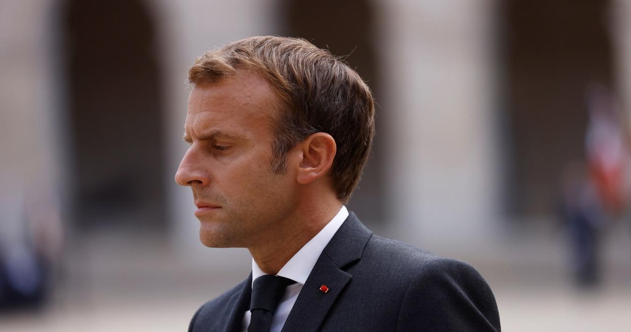 Skandal we Francji. Kody QR ze szczepienia prezydenta i premiera dostępne w sieci