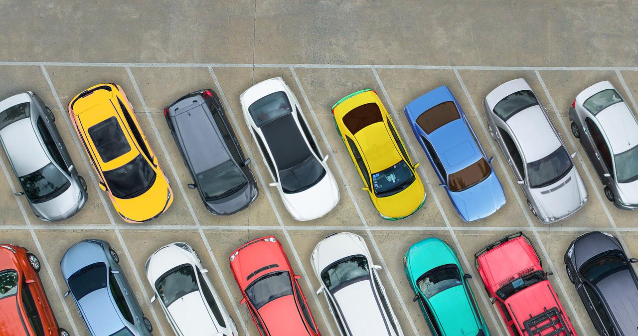 Mieszkańcy nie chcą zmian w parkowaniu. Wyszli na ulice