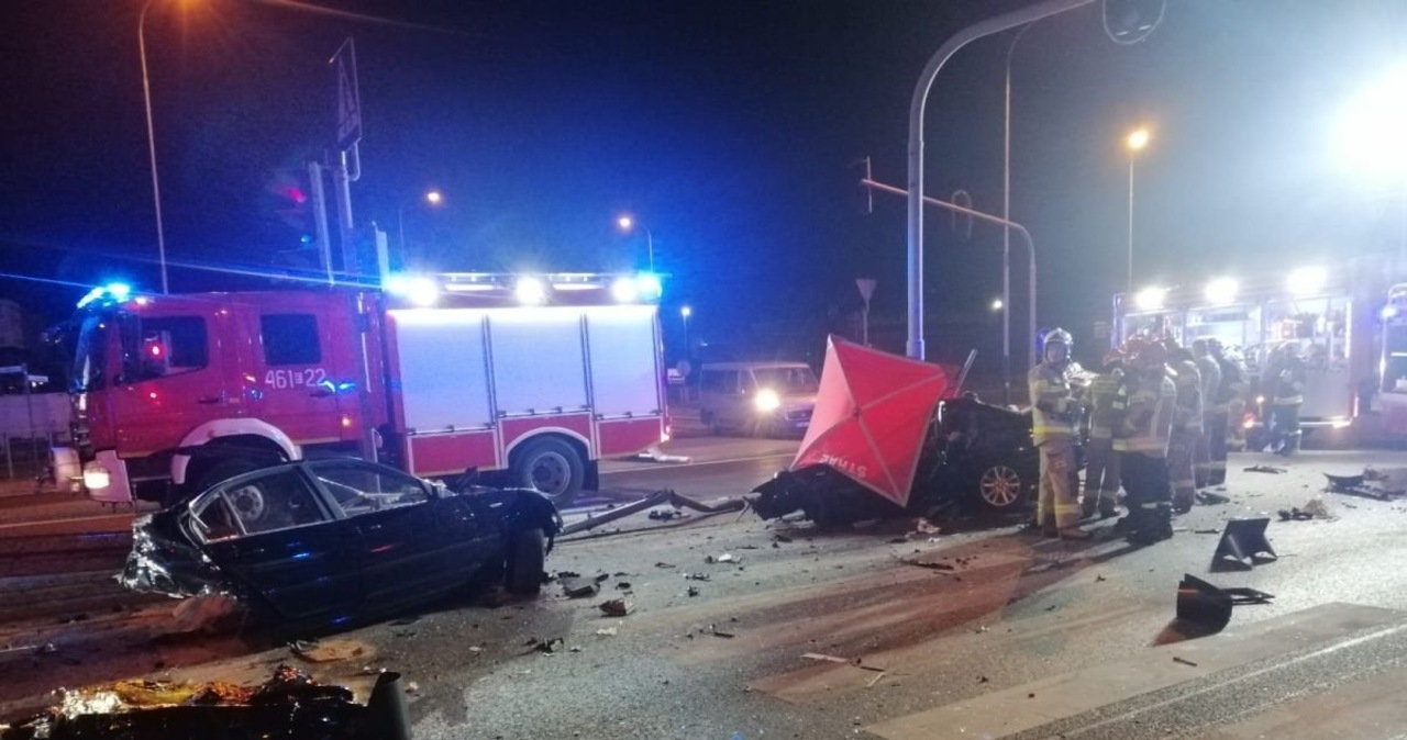 Tragiczny wypadek w Rzgowie. Przyczyną mogła być nadmierna prędkość