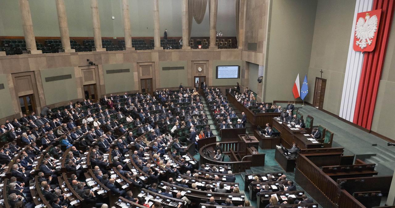 Jest decyzja Sejmu ws. przedłużenia stanu wyjątkowego