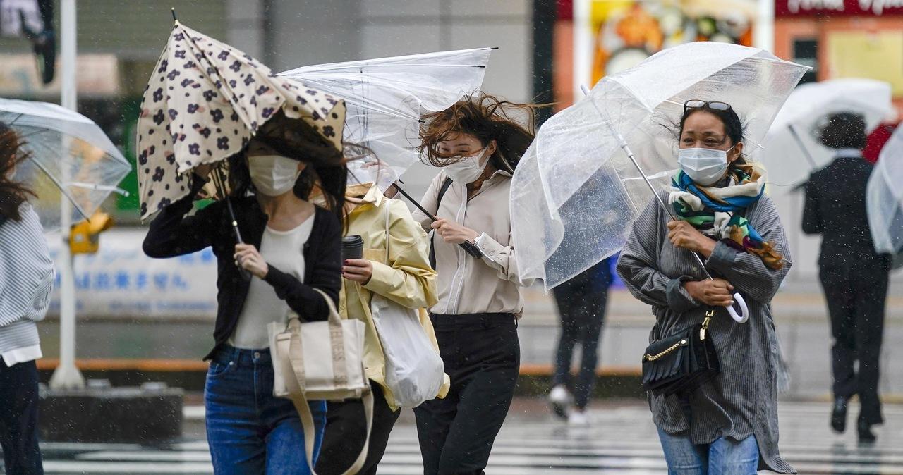 Koniec stanu wyjątkowego w Japonii. Władze luzują restrykcje covidowe