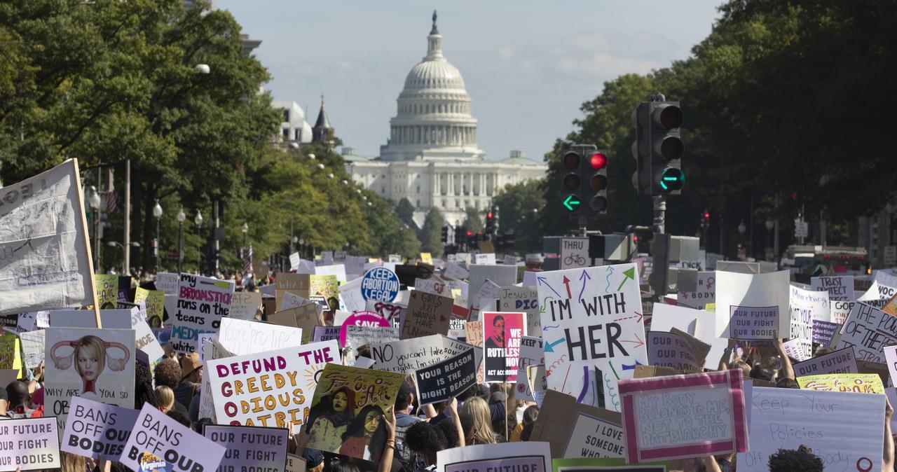 Wielotysięczne demonstracje w USA przeciw ograniczaniu prawa do aborcji