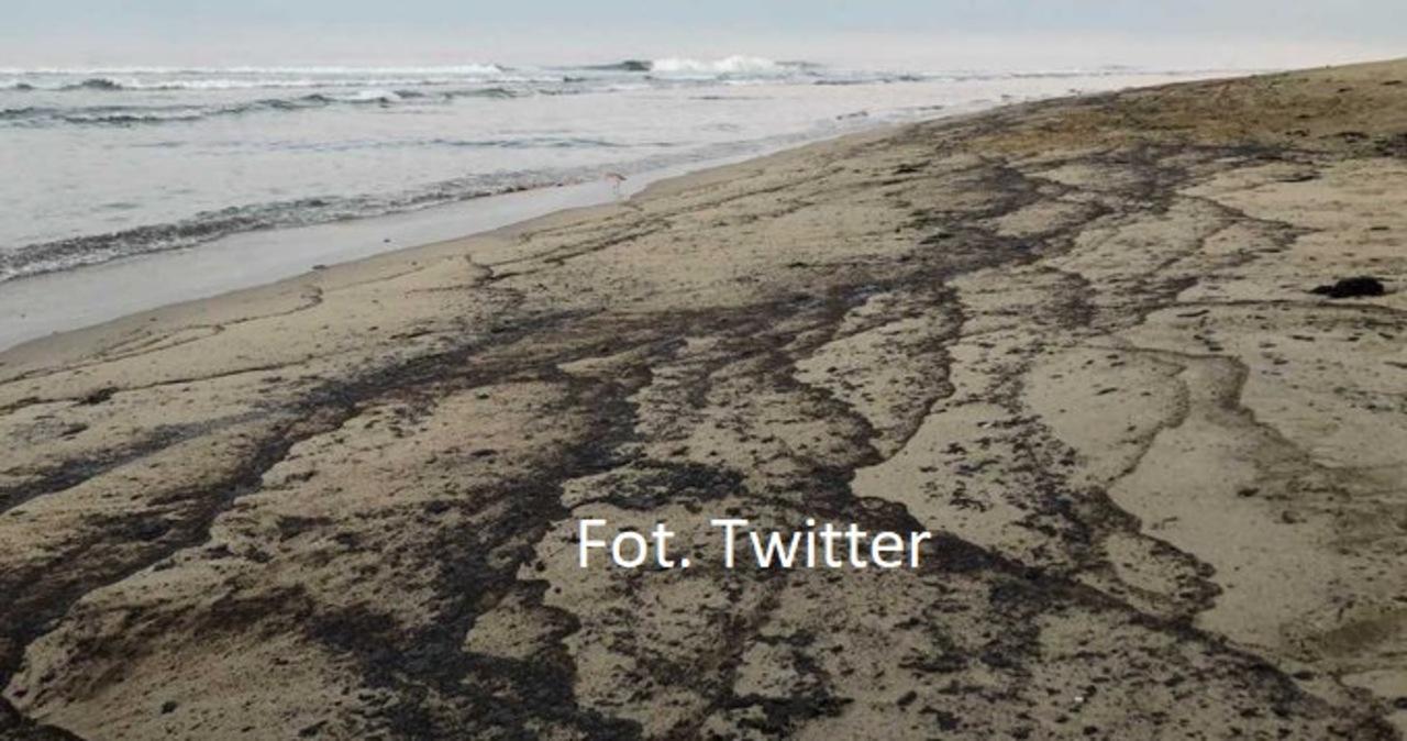 """10-kilometrowa plama ropy u wybrzeży Kalifornii. """"Potencjalna katastrofa"""""""