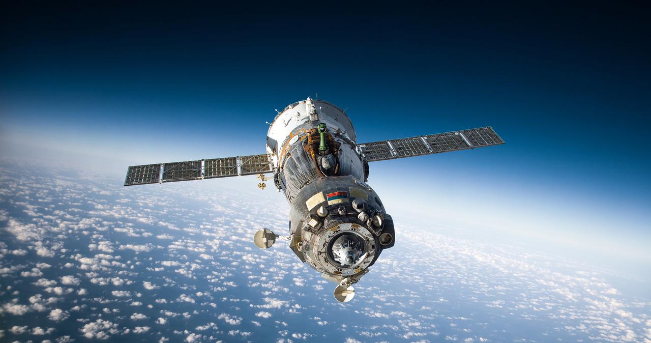 Statek z ekipą filmową zadokował na Międzynarodowej Stacji Kosmicznej