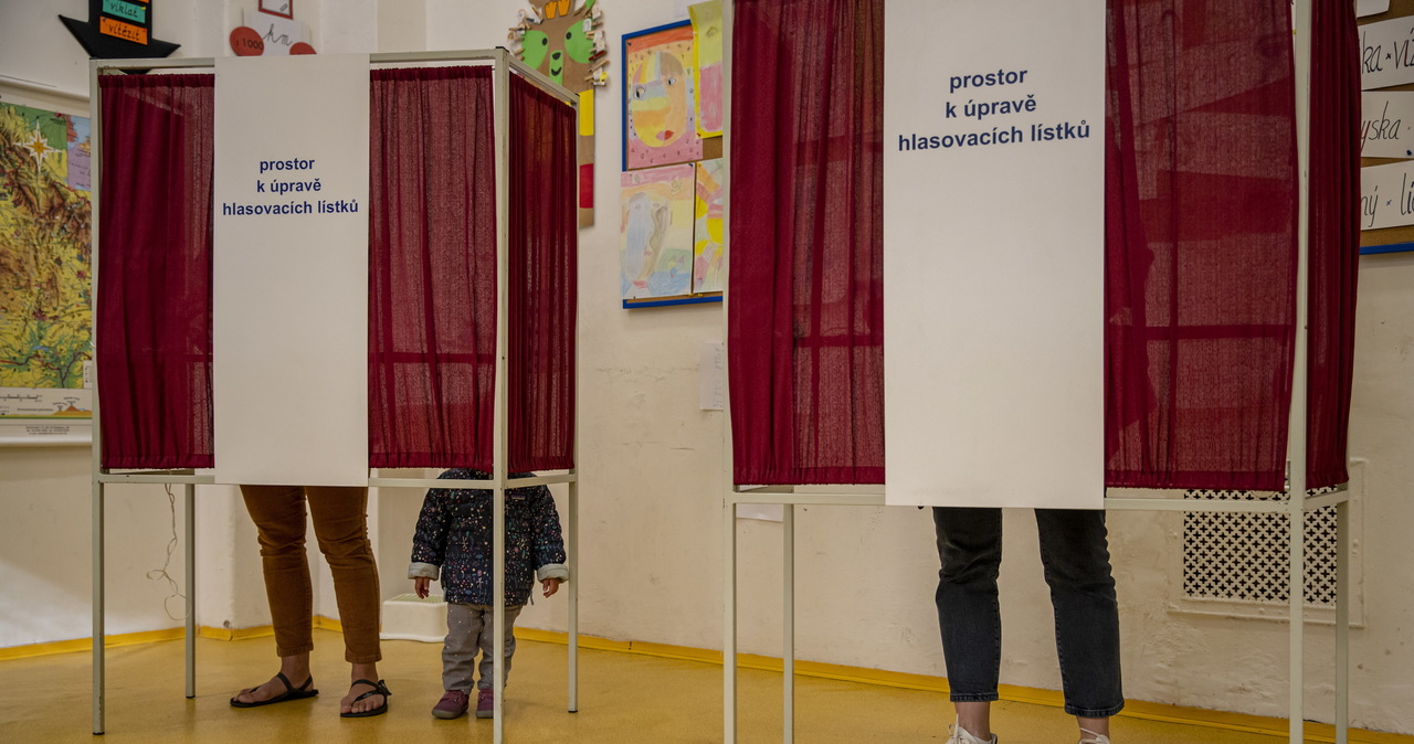 Wybory w Czechach: Policzono już 99 proc. głosów